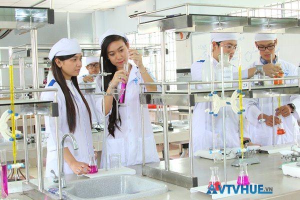 Mức học phí Cao đẳng Y dược TPHCM so với Hà Nội 1