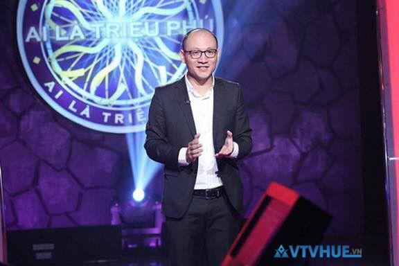 Người dẫn chương trình ai là triệu phú 2018 chính là nhà báo Phan Đăng
